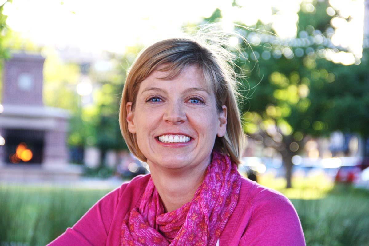 Ann, Certified Colorado Gardener and Founder of Go West Gardener